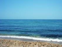 Mar azul Imagens de Stock Royalty Free