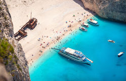 Praia de Navagio, ilha de Zakinthos, Greece imagem de stock