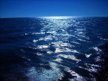 Mar azul profundo Foto de archivo libre de regalías