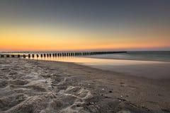 Mar Báltico no nascer do sol bonito na praia de Poland Fotografia de Stock