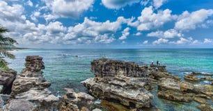 Mar bonito de Vietname Phu Quoc da pedra calcária Imagens de Stock Royalty Free