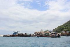 Mar bonito em Koh Samui Fotos de Stock Royalty Free