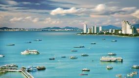 Mar, céu e cidade Foto de Stock