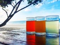 Mar, céu, Sun, areia, vidro, Fotografia de Stock Royalty Free