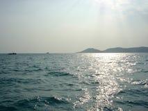 Mar calmo em Tailândia Fotos de Stock Royalty Free
