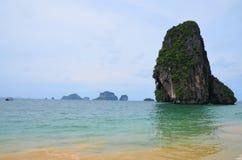 Mar colorido en Krabi Tailandia Imágenes de archivo libres de regalías