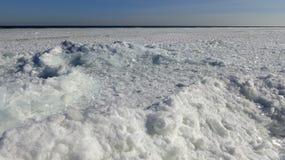 Mar congelado no golfo da banquisa de gelo de flutuação de Odessa Black Sea Imagens de Stock