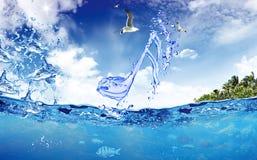 Mar cristalino de la nota Imagen de archivo libre de regalías