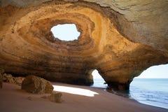 Mar-cuevas Portugal de Benagil Imagen de archivo