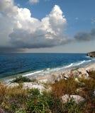 Mar de Azov no fim do verão fotos de stock royalty free
