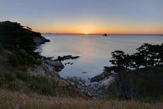 Mar de Japón. Otoño. Puesta del sol 5 foto de archivo libre de regalías