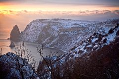 Mar de la tarde del invierno. Fotografía de archivo