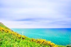 Mar de Scotish y costa de Escocia foto de archivo