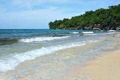 Mar dei Caraibi: spiaggia di paradiso Sabbia dell'oro e dell'acqua blu Fotografia Stock Libera da Diritti