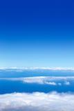 Mar del cielo azul de nubes de la mucha altitud Foto de archivo libre de regalías