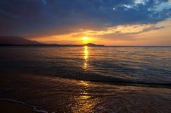 Mar do nascer do sol Imagens de Stock