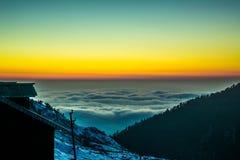 Mar do nathang vally sikkim india das nuvens Foto de Stock