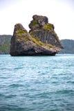 Mar do Sul da China da água do kho de Tailândia da rocha do macaco da oração Imagem de Stock