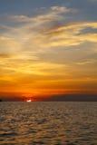Mar do Sul da China da baía e de tao do kho de Tailândia do mar do barco do nascer do sol Foto de Stock