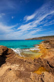 Mar do turauoise de Formentera Es Calo de Sant Agusti imagem de stock