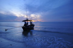Mar e barco Fotografia de Stock Royalty Free