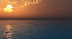 Mar e céu bonitos no por do sol Imagem de Stock Royalty Free