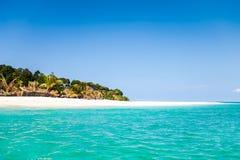 Mar e céu bonitos no verão Fotografia de Stock Royalty Free