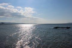 Mar e céus calmos fotografia de stock royalty free