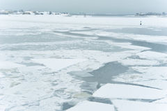 Mar e console congelados imagens de stock
