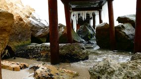 Mar e doca do inverno vídeos de arquivo