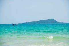 Mar e ilhas em Camboja Imagens de Stock Royalty Free