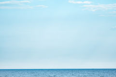 Mar e luz - céu azul Fotografia de Stock