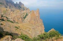 Mar e montanhas Fotos de Stock