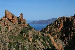 Mar e montanhas de Córsega Fotografia de Stock
