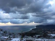 Mar e neve foto de stock