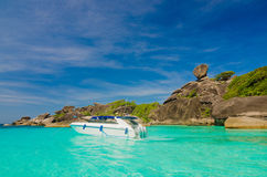 Mar e oceano bonitos em Tailândia fotografia de stock royalty free
