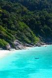 Mar e oceano bonitos em Tailândia fotos de stock