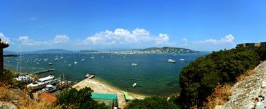 Mar e panorama de Cannes Imagens de Stock Royalty Free