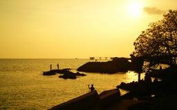 Mar e por do sol Foto de Stock Royalty Free