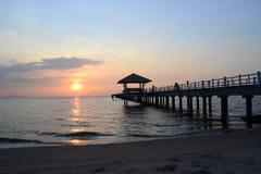 Mar e por do sol Fotografia de Stock