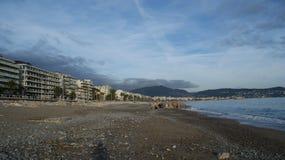 Mar e praia em agradável Foto de Stock Royalty Free