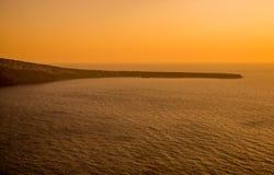 Mar Egeo visto de Oia Fotos de archivo libres de regalías