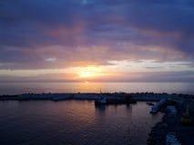Mar en el crepúsculo Foto de archivo