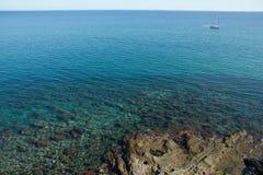 Mar en el sur de Francia, cerca de Leucate Fotos de archivo