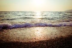 Mar en la puesta del sol Foto de archivo libre de regalías