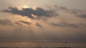 Mar en la salida del sol metrajes