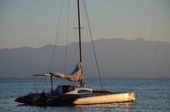 Mar estagnante somente um gulet Foto de Stock Royalty Free