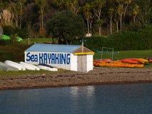Mar Kayaking Fotos de archivo libres de regalías