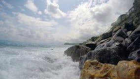 Mar ligur Itay Cámara lenta almacen de metraje de vídeo