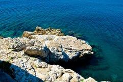 Mar Mediterráneo azul claro Fotografía de archivo libre de regalías